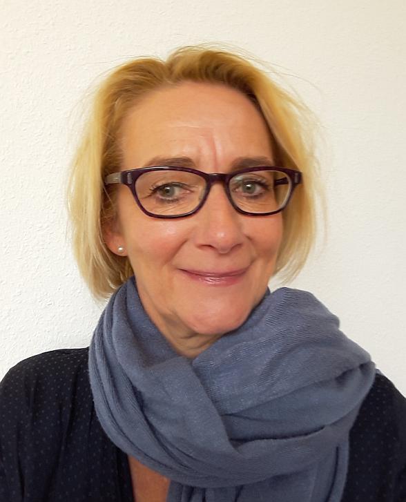 Christina Dill