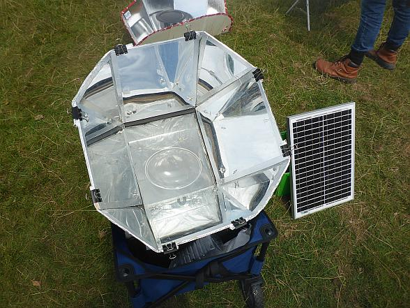 solar/electric hybrid cooker